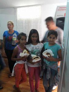 jongeren aan de maaltijd